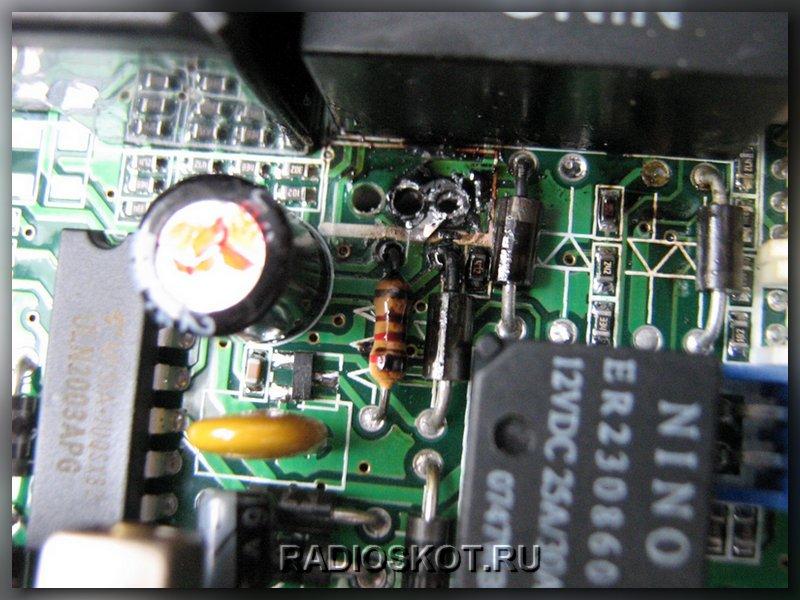 сгоревшая плата с диодом автосигнализации pantera qx-55