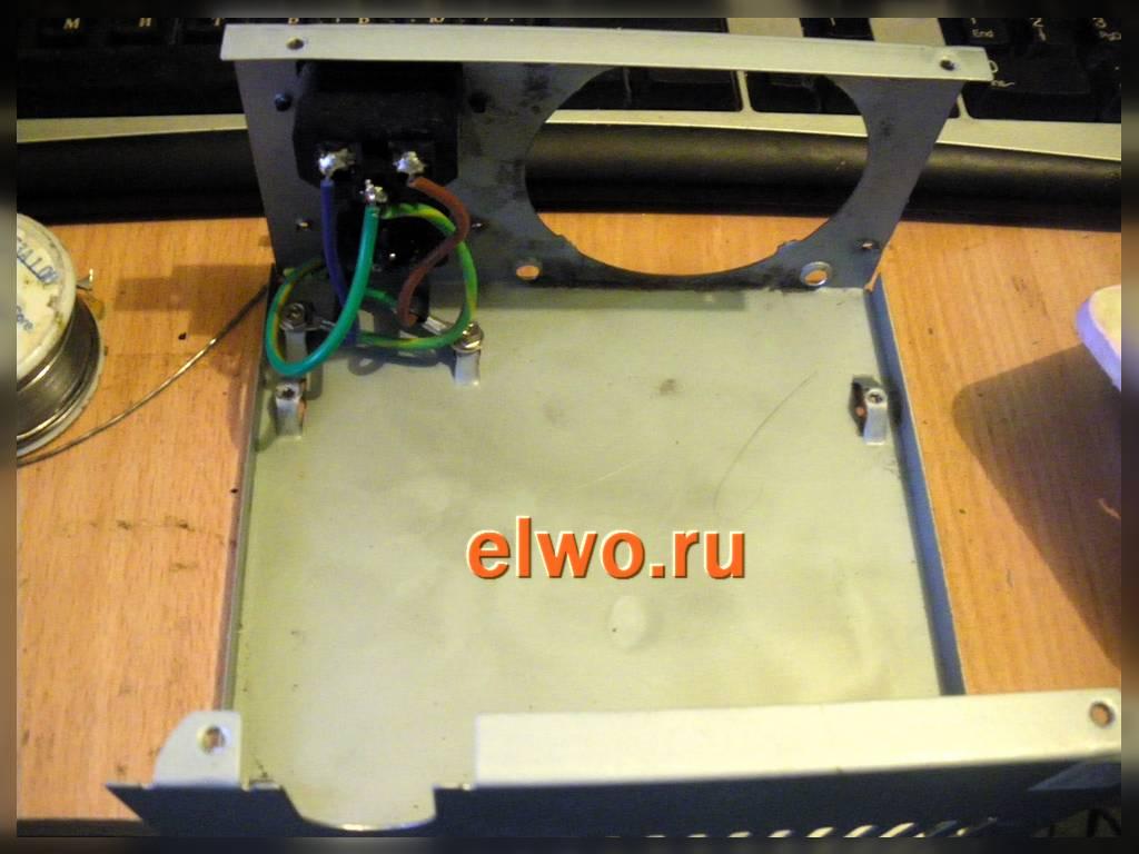Схема электрическая принципиальная прерывателя указателя поворота уаз-2206.