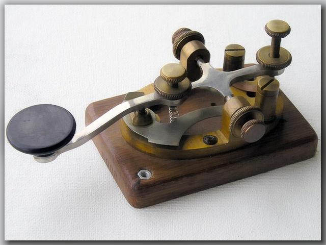ключ передатчика телеграфного.
