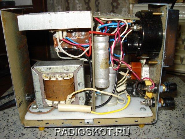 Что в результате получилось: блок питания даёт напряжение от 0,5 до 12 вольт, ток до 0,5А, мощность нагрузки 5W.