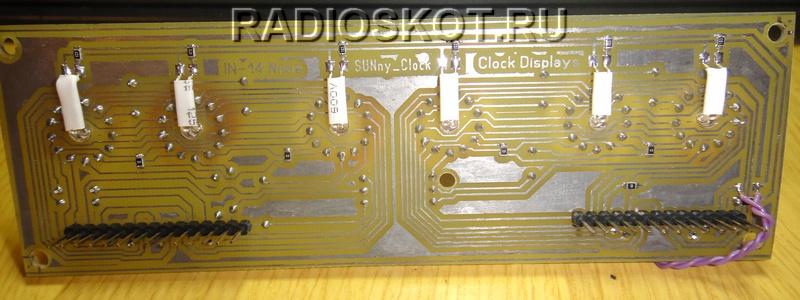 часы с использованием вакуумных советских индикаторов - плата печатная