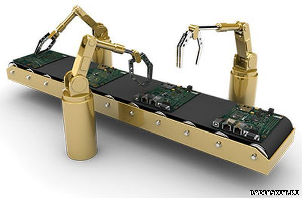 Фото роботов на автоматизированной линии