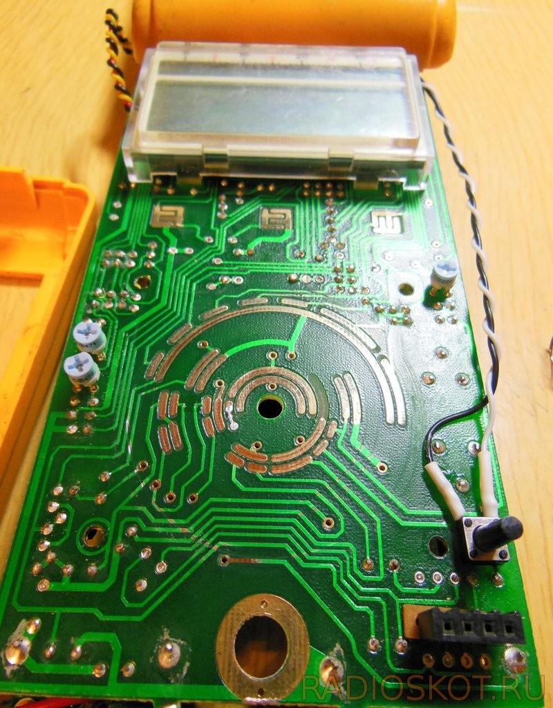 схема задержки включения реле на микроконтроллере