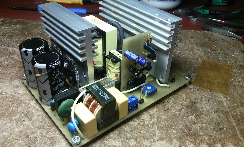 схема импульсного зарядного 12в з компьютерного