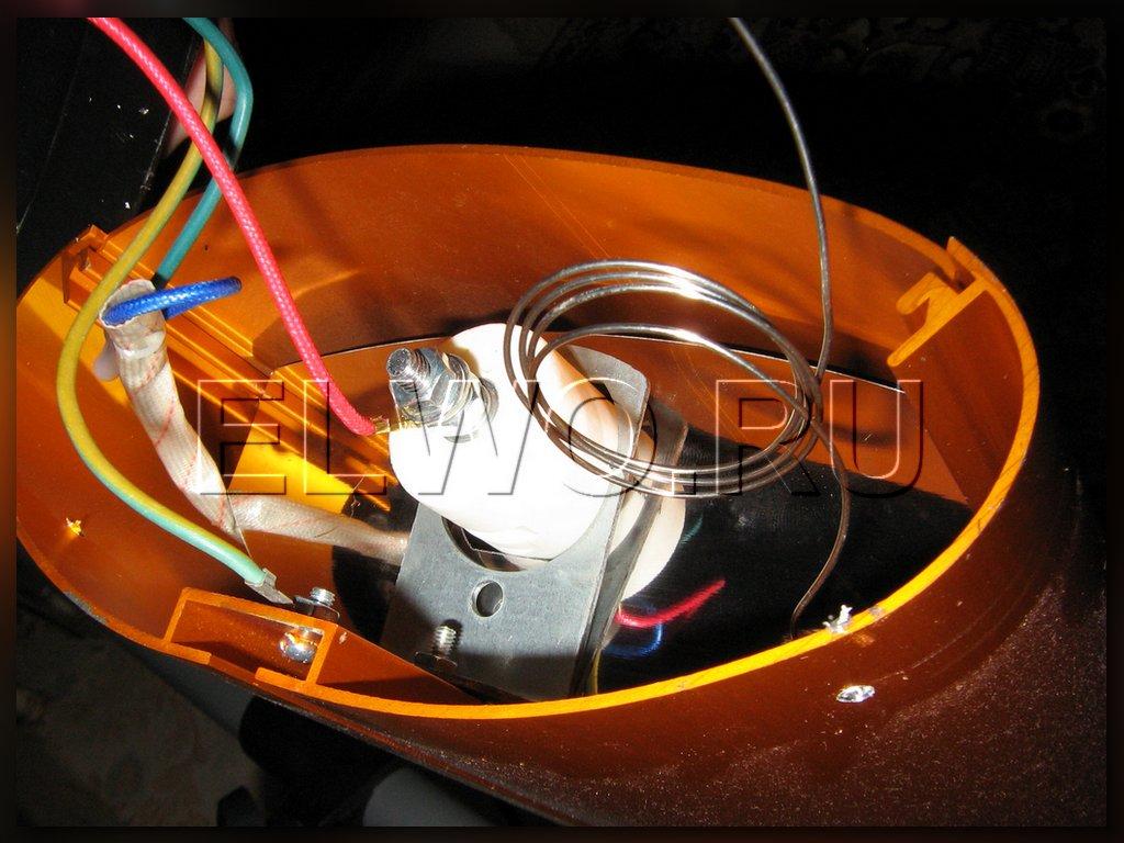 Подключение сети к лампе инфракрасного нагревателя.