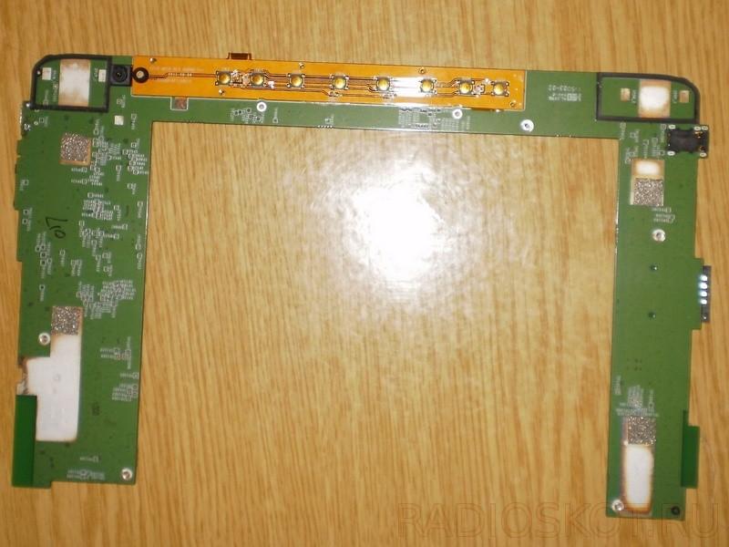 извлеченная плата планшета для ремонта