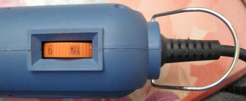 кнопка с фиксацией и регулятор скорости оборотов