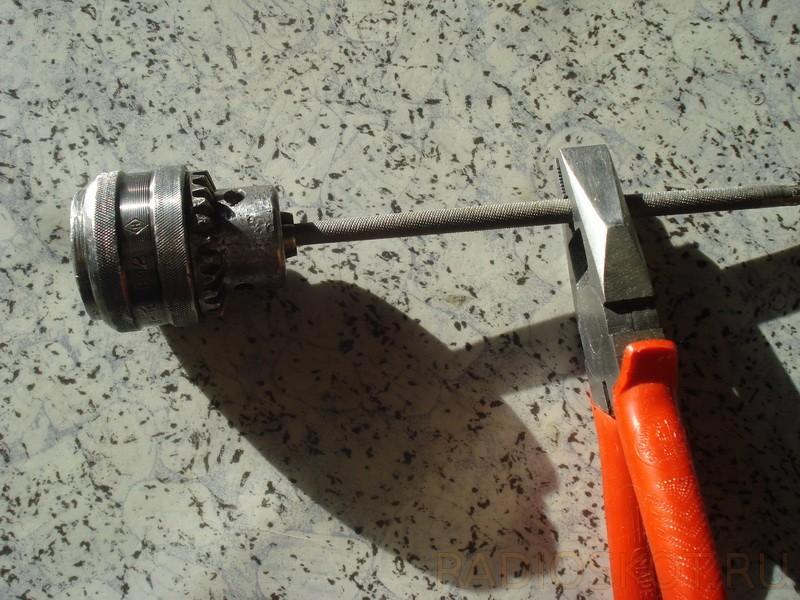 Как разобрать патрон от дрели