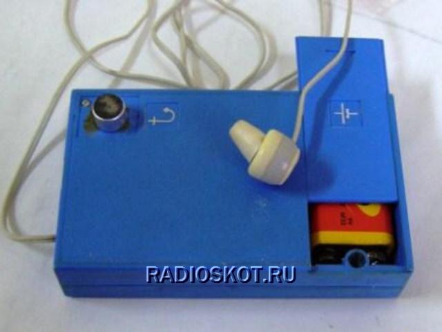 Резистором R8 устанавливается начальный ток каскада.  Слуховой аппарат питается напряжением 9 вольт от элемента...